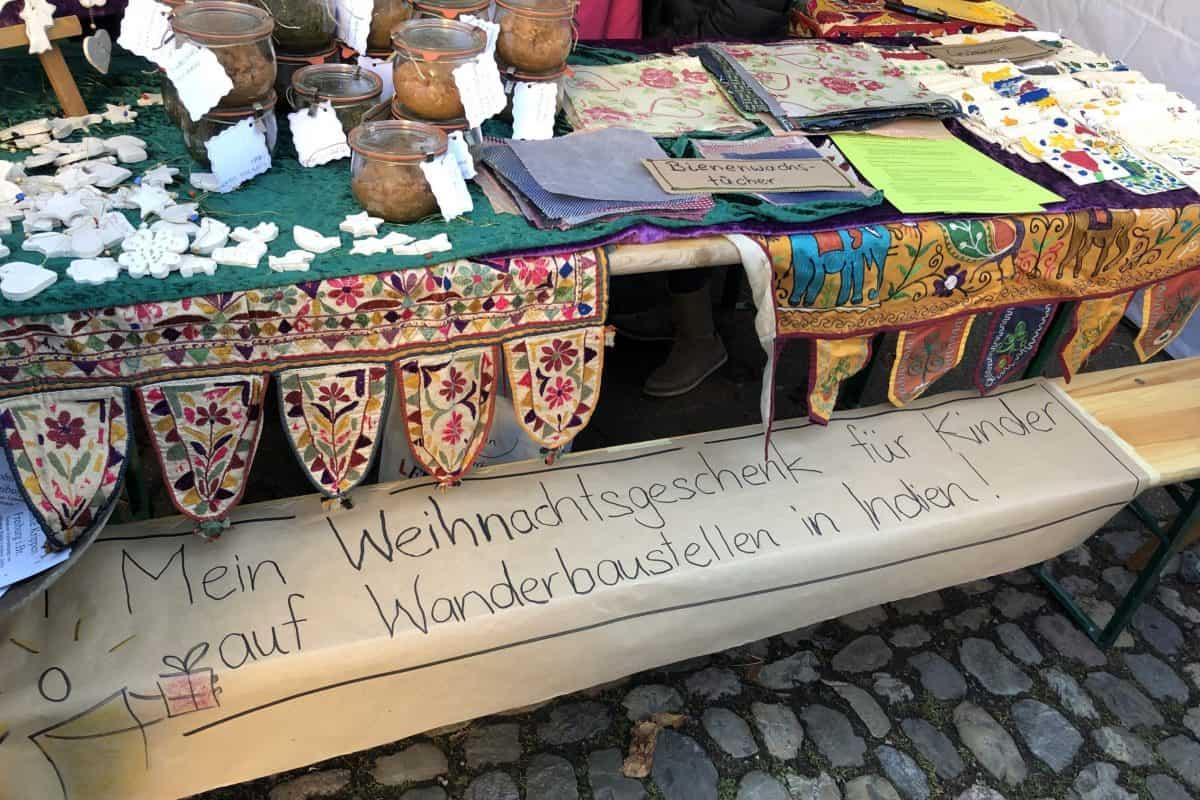 Verkauf beim Herdermer Weihnachtsmarkt