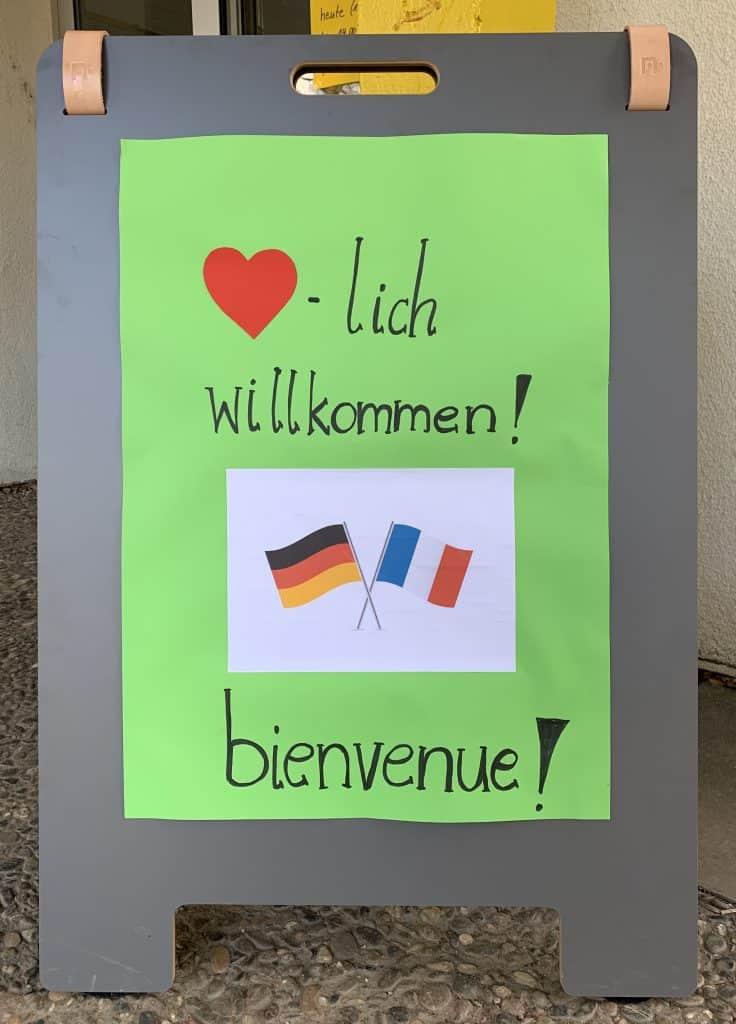 Bienvenue, les amis français!